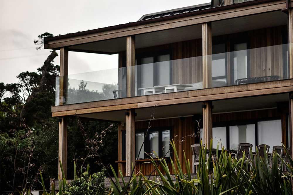خانه باغ کوچک مدرن