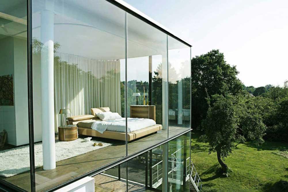ویلا مدرن شیشه ای