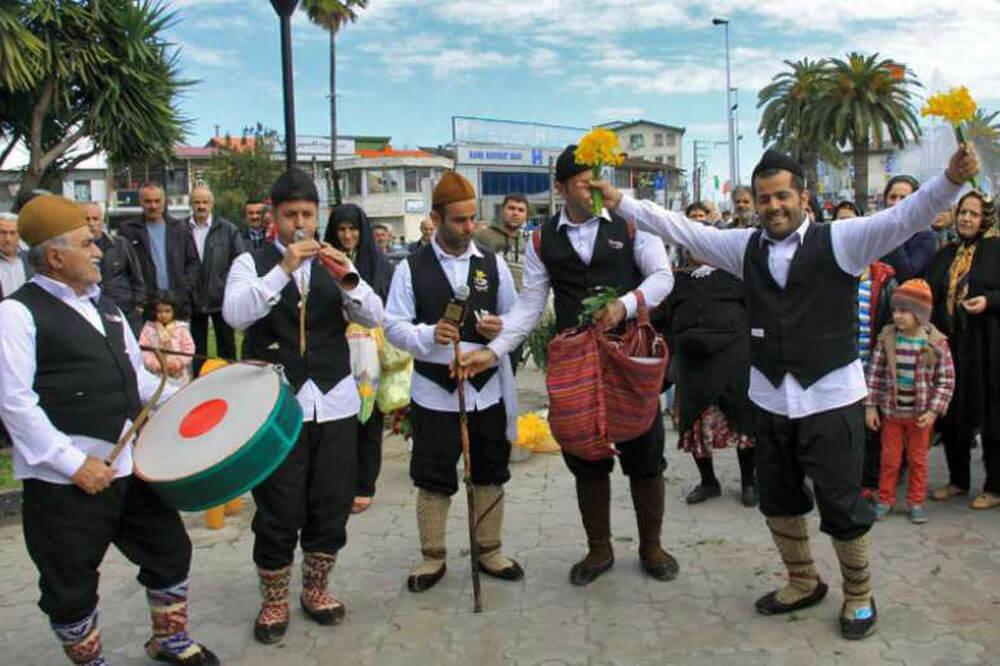مراسم مازندران؛ جشن گلکار